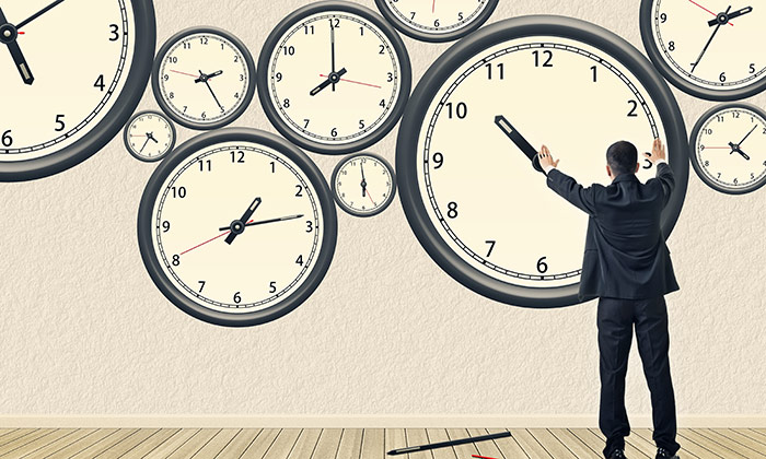 What are the maximum working hours in the UAE?