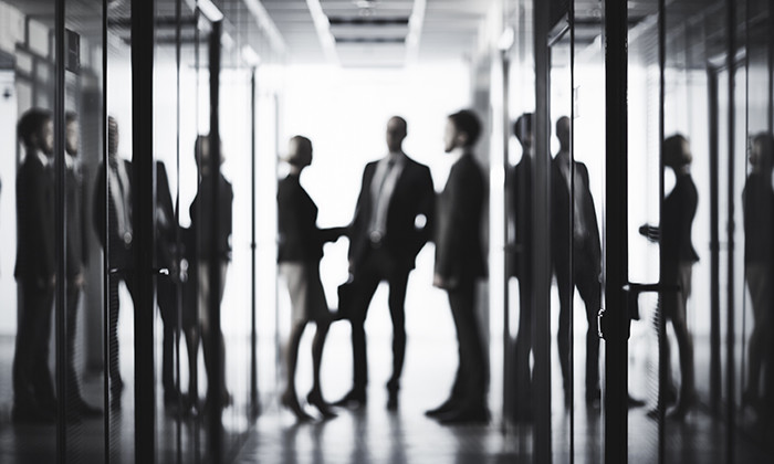 The lesser of two evils: bad bosses vs bad colleagues